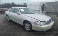 2004 LINCOLN TOWN CAR ULTIMATE #1496233223