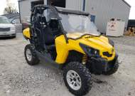 2015 CAN-AM COMMANDER #1660830409